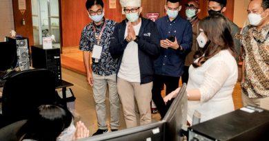 Sandiaga Uno Dorong Industri Perkuat Kolaborasi dengan Pelaku Ekraf