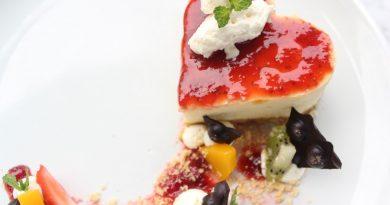 THE 101 Bogor Suryakancana Tawarkan Strawberry Cheessee Cake