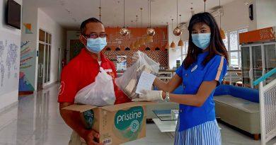 Donasi Sepatu, Gerakan Berbagi untuk Kurangi Sampah