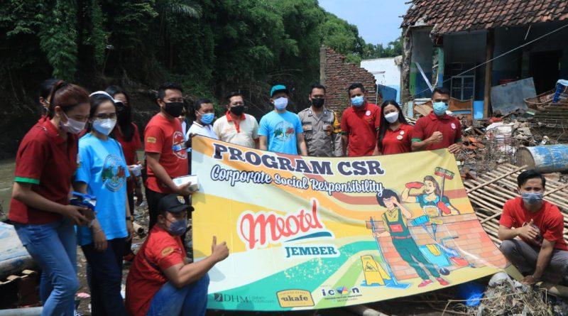 Aksi Sosial DHM Bersama Meotel Hotel Jember By Dafam di Desa Kepatihan Jember